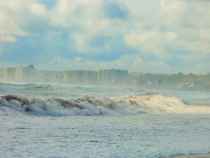 Stunning Waves Crashing Waves, Ocean, Nature Maine Mainecoast Oldorchardbeach Beach Waves Ocean Ocean View Vibrant Roughsea Sky And Clouds Unsettled City View  Coastline Coast Vibrant Colors Stunningview Seaside Oceanside Cityscape Oceanview Beach Beachphotography Stormy Weather