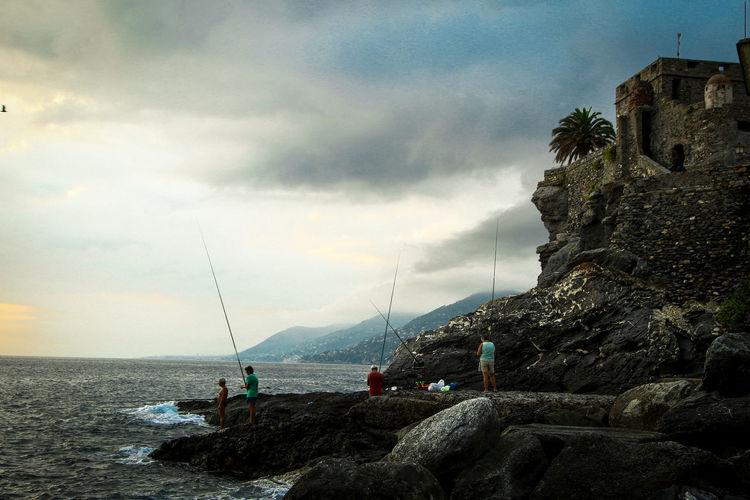 Castle Fishing Fishing Season Fishing Time