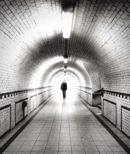 Mp-photowalk  Silhouette Vanishing Point Blackandwhite Mpro Open Edit Mobilephotography.de The Street Photographer - 2015 EyeEm Awards