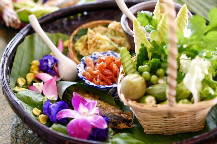 Vegetable Basket Healthy Eating Freshness Bowl Food Food And Drink Variation No People Close-up Indoors  Ready-to-eat Day EyeEm ThaiFood Travel Thailand Thaifood EyeEm Thailand Thailand Photos Vegetarian Food Freshness