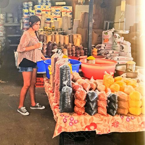 Exploring at the flea market today... Checking out this little grain stand. Fleamarket Market Sightseeing Exploring Shopping Time Looking For Deals Girl
