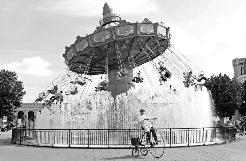 Activitei Black And White Carousel Freedom Fun Incidental People Merry-go-round Phantasialand Summer Theme Park Themepark Vintage