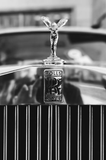 Selfie in a Rolls Close-up Iphoneonly Trieste Vintage Cars Vintage Vscocam VSCO Car Old Mobilephotography EyeEm Best Shots Black And White EyeEm Best Edits Blackandwhite IPhoneography Reflection Self Portrait EyeEm Street Portrait Portrait