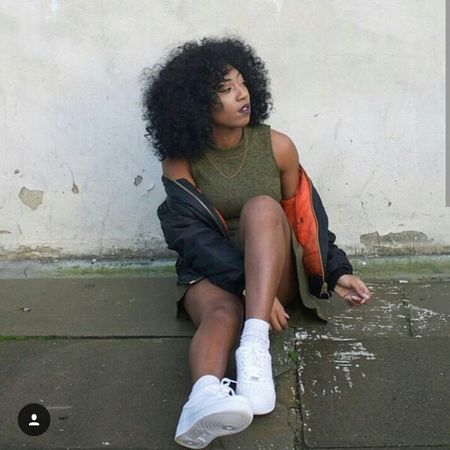 Curly Hair Natural Hair Urban Fashion Street Fashion Urbanstyle Fashion Model Aesthetics Bomberjacket