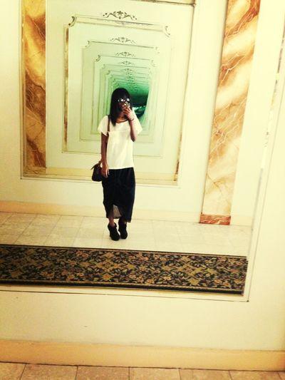 Shoppinh Day  Fashion Mirror