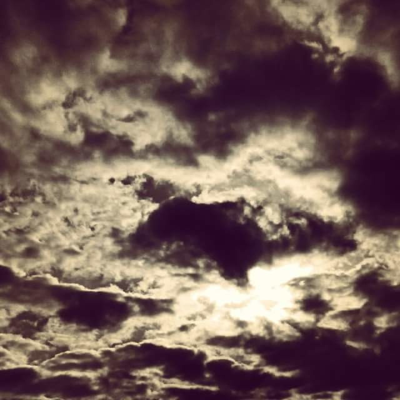 backgrounds, abstract, cloudscape, cloud - sky, nature, sky only, dramatic sky, beauty in nature, low angle view, no people, full frame, textured, sky, scenics, outdoors, space, day