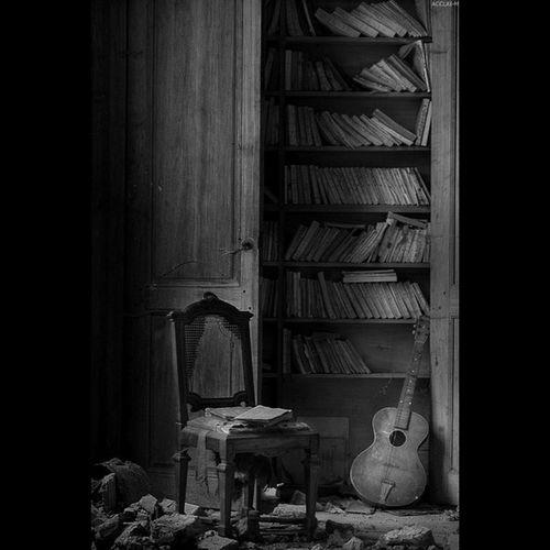 Harabe Müzik Kitap Karamsar Pesimist