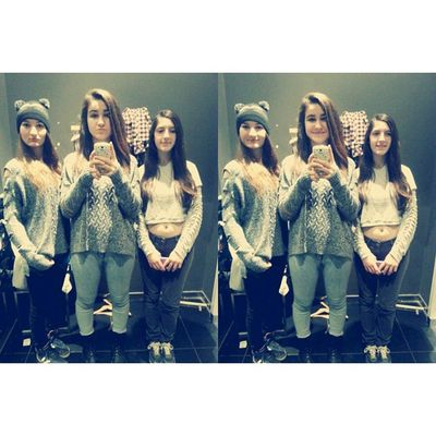 We sign our cardsetters best friend forever ? Bff Sisters Love Good day shoping smile instalike instafollow