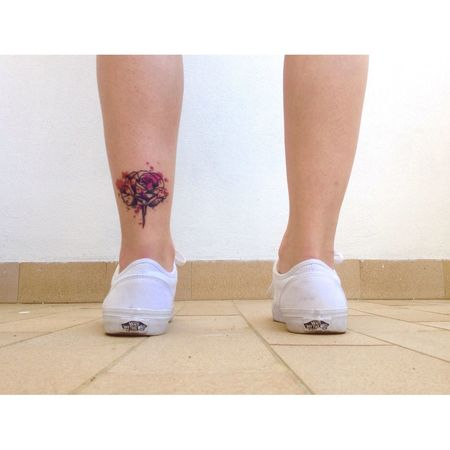 Tattoo Tattooed Tattooedgirls Girl Rose🌹 Colors Colorsplash Geometric Shapes Geometry Lines Vans White