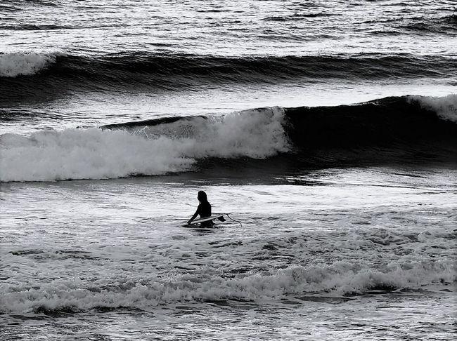 波乗り🏄 サーファー Sea EyeEm Nature Lover Hokkaido Monochrome Water Wave Surf Eyeem Monochrome Eyeem Bw Surfing Surf Photography EyeEm Best Shots - Black + White