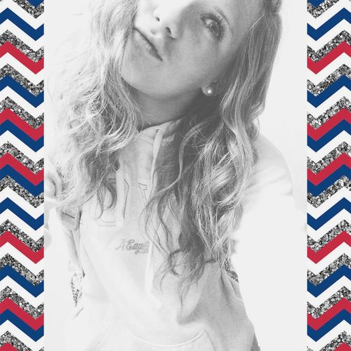 Amurica.😂💙❤️ Amurica Curly Hair Don't Care Love ♥ Lazy Blackandwhite Selfie ✌ Happy Natural Hair Courtney