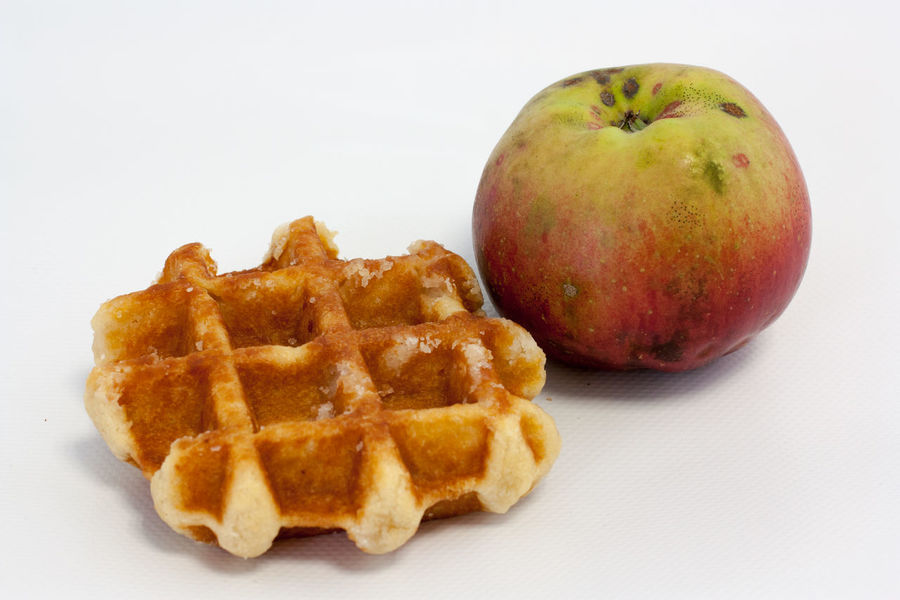 Snacktime Eat More Fruit Food Food And Drink Freshness Fruit Healthy Eating Medium Group Of Objects Original Food Ready-to-eat Snack Still Life Studio Shot Waffle Waffle And Apple White Background The Still Life Photographer - 2018 EyeEm Awards