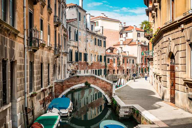 Architecture Grand Canal Mediterranean  Old Town Travel Bridge Bridge - Man Made Structure Canals Canals And Waterways Europe Gondola - Traditional Boat Italy Old City Street Streetphotography Tourism Travel Destinations Venice Adventures In The City