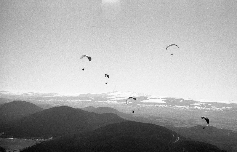 Autofocusmakesyoustupid Auvergne Beauty In Nature Black And White Film Is Not Dead Film Photography Flying Kodak Kodak Film Kodak Tri-X 400 Landscape Manual Focus Mid-air Mountain Mountain Range Nature Outdoors Parasailing Puy De Dôme Puy De Sancy Sancy Sky Tranquility