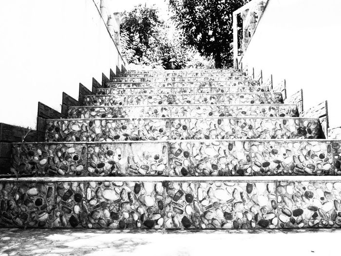 Architecture Outdoors Overexposed Sophisticated Black And White Sommergefühle Art Is Everywhere Blackandwhite Photography Personal Perspective Day Olympus OM-D E-M5 EyeEmNewHere Stairs_collection Stairs Stairs In Nature Littlerock No People Home Is Where The Art Is Homesweethome