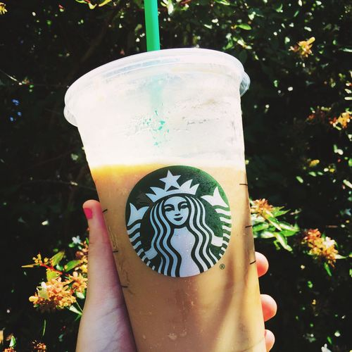 Starbucks Pinknailpolish SmallFlowers
