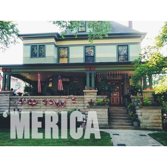 F' Yeah❕❕❕❕ Merica Picoftheday Summer Vintage house oldglory oakpark illinois