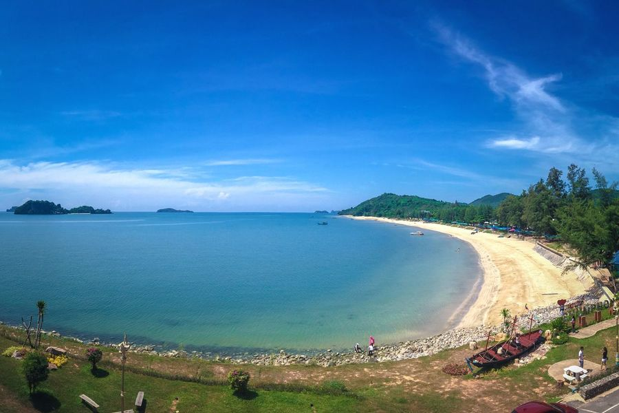 Sky Scenics Beauty In Nature Water Nature Sea Outdoors Blue Beach Cloud - Sky Day Landscape Tree