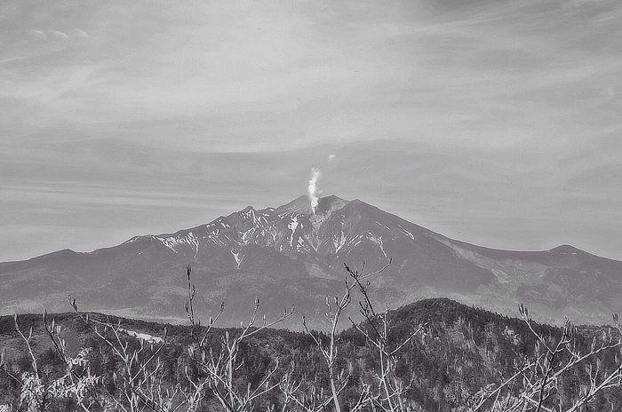 Volcano Top Of The Mountains Mountains 御嶽山 EyeEm Nature Lover Nature Monochrome Monochrome_Monday Monochromatic