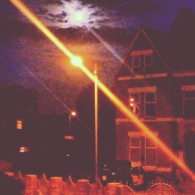 Night Moon BORo AlbertPark view flat