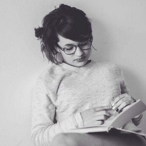 Read Girl Iloveit Photography