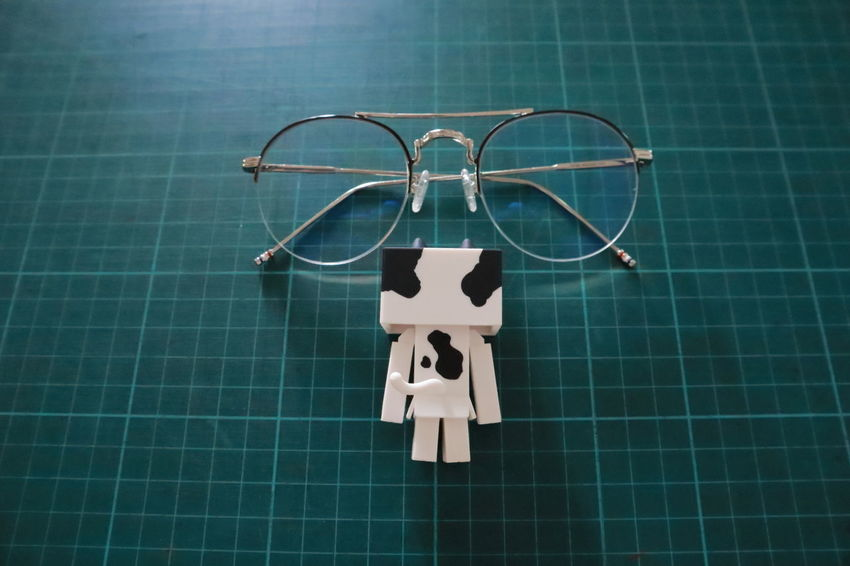 Nyanbo Nyabo Danbo Danboard Meawstery Glasses Blue Cat Close-up Creativity Directly Above Flooring High Angle View Indoors  No People Representation Single Object Table EyeEmNewHere