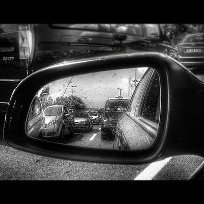 Bayram sonrasi Istanbul' dan klasik manzaralar Istanbul Pazartesi Classic Trafic car mirror life turkey street sun eyup pierloti crowded visco photoftheday