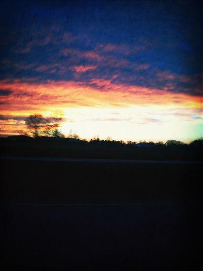 Red sky at morning sailors take warning, red sky at night sailors delight.