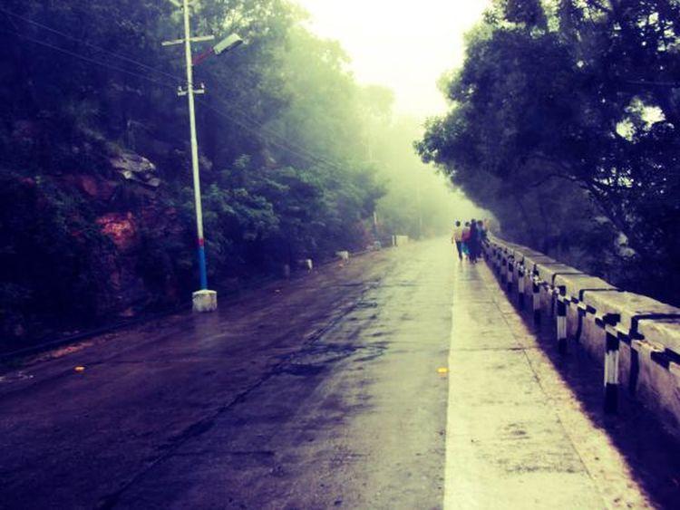 Streetphotography Rainy Days Colour Of Life Praveenrajpurohitunn The Way Forward Journey Road Cloud Sky Famous