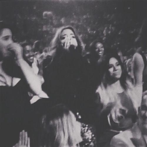 Ay dios me hicieron llorar, de verdad quede muuuuy sorprendida de que ganaron! ❤️❤️❤️??? Fifth Harmony VMA  Artist To Watch