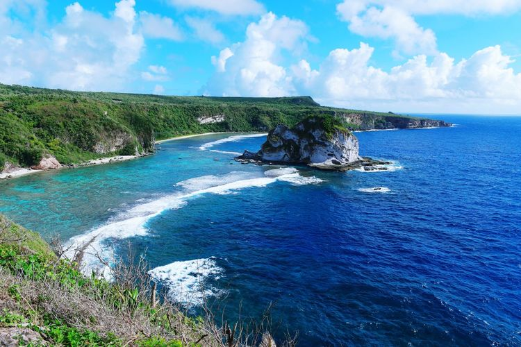 Travel Destinations Blue Sky Sea Splashing Tourism Day Outdoors Water Scenics Nature Cloud - Sky Tree Beauty In Nature Wave Vacations One Person Scuba Diving People Beach Saipan