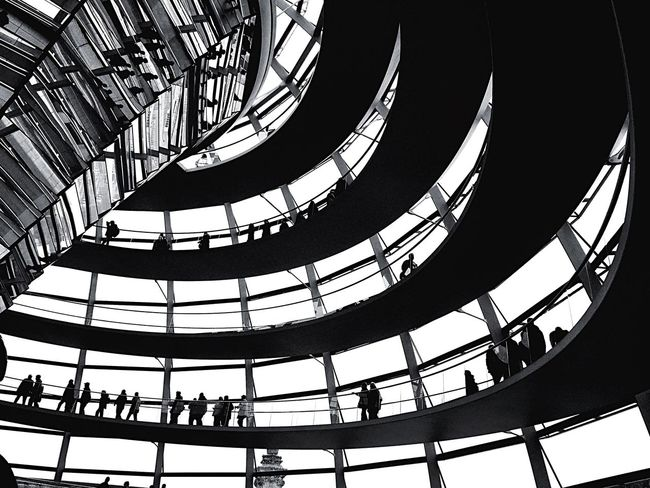 Architecture Built Structure Indoors  Travel Destinations Low Angle View Government Politics Leisure Activity Large Group Of People Real People Day Politics And Government People Berlin Berlin Photography Reichstag Dome Reichstag Dome Abstract Blackandwhite Travel Adventure The Architect - 2017 EyeEm Awards EyeEm