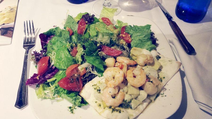 Salad Yummy Tagliatelle Enjoying Food