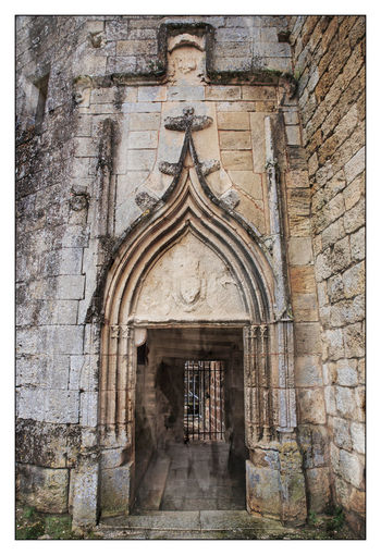 Architecture Bas Relief Building Exterior Built Structure Castle Day Entrance Gate History Medieval No People Outdoors Outdoors Photograpghy  Place Of Worship Religion Spirituality Stone Stone Material