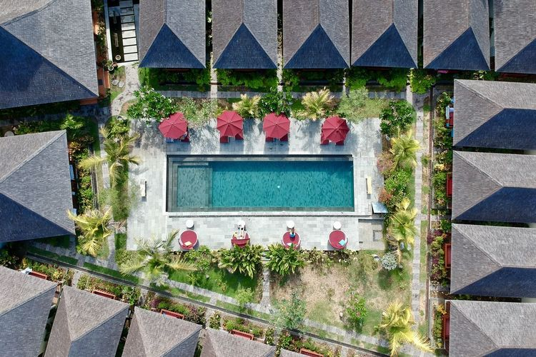 Roof Aerial View Architecture Building Building Exterior Built Structure City Day Flower Flowering Plant Growth High Angle View House Landscape Luxury Nature No People Outdoors Plant Pool Residential District Swimming Pool Umbrella Window The Great Outdoors - 2018 EyeEm Awards The Traveler - 2018 EyeEm Awards The Architect - 2018 EyeEm Awards The Architect - 2018 EyeEm Awards
