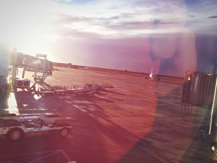Aeroporto Plane Sun Quiet Next Storm Fly First Eyeem Photo