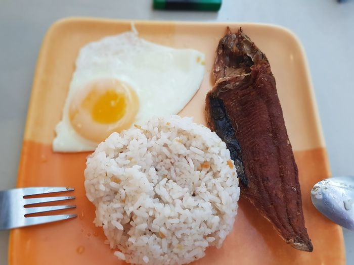 breakfast Fried Rice Milkfish Eggyolk Filipinofood Breakfast Goodmorning :) Simple Life Philippines Boracay Plate Table Egg Healthy Lifestyle Close-up Food And Drink Fried Egg Sunny Side Up