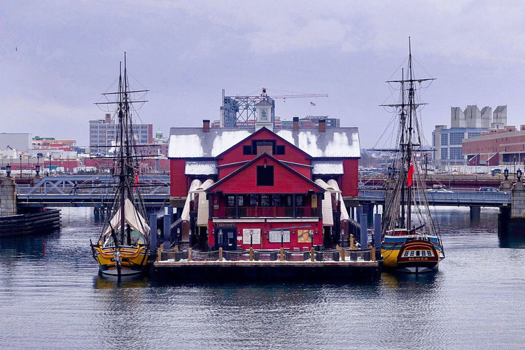 The Tea Party Museum in Boston in the USA. Boston Gray Sky Tea Party Museum USA Architecture Bridge Building Exterior Buildings Day Harbor Massachusetts No People Outdoors River Sailing Ships Water Waterfront