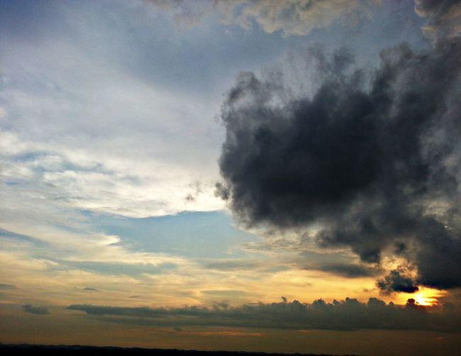 Sunset 200514 Cloud And Sky Sunset Singapore Sky