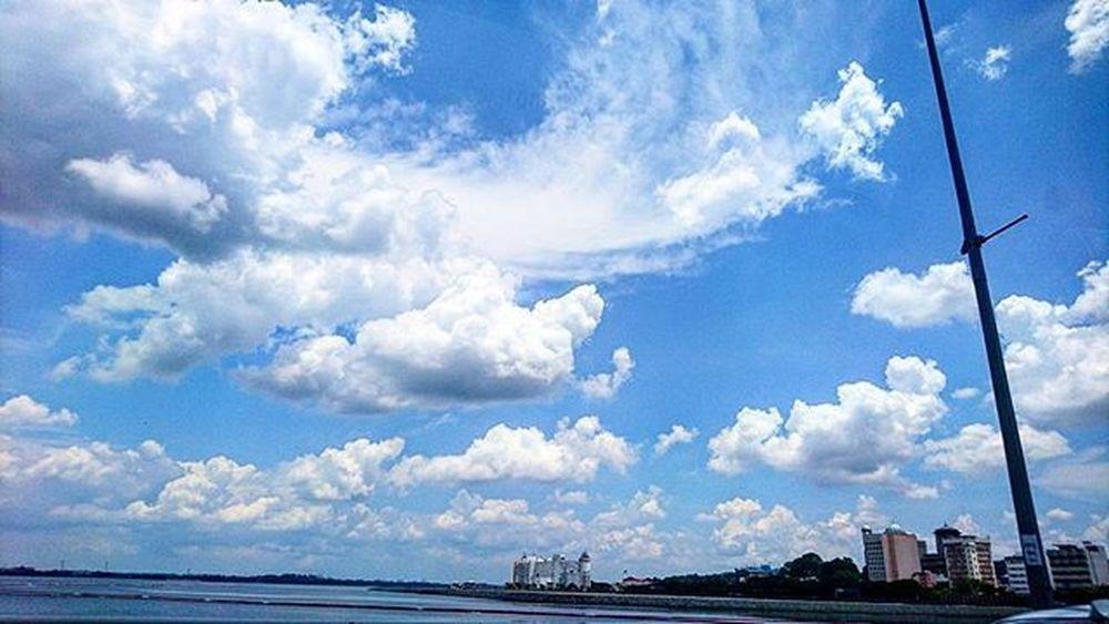 Perfectnature Naturelovers Nature Instagood Instapic Instagram Instagramers Instagramers Instagramgallery Clouds Blue Wave
