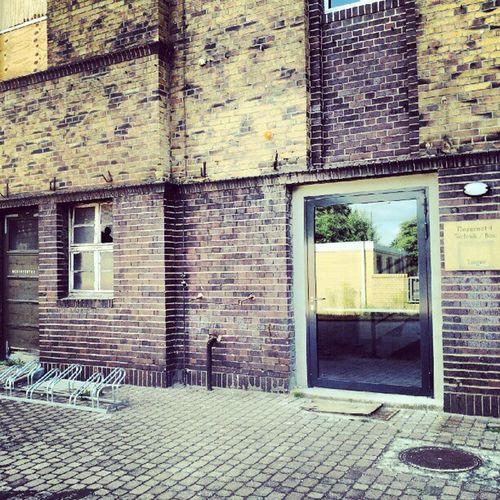 Leipzig Reudnitz ehemaliges kinder-Krankenhaus Structure building reflection