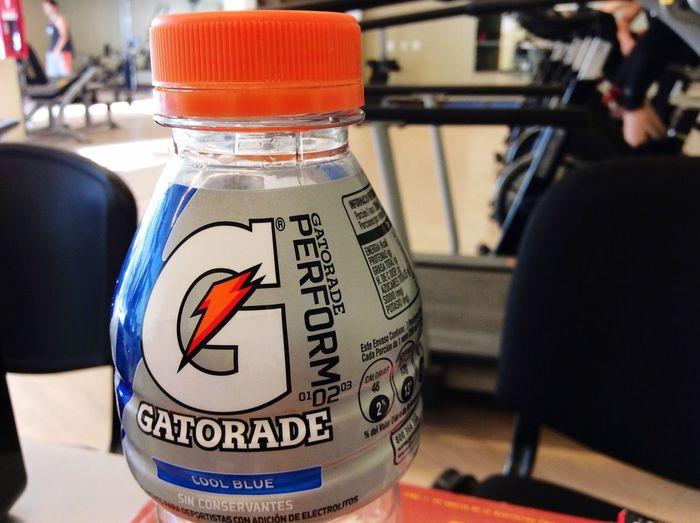 Drinking Gatorade Gym Ubo Chile OpenEdit Popular Photos Instachile Small And Swift Blackandwhite Playa