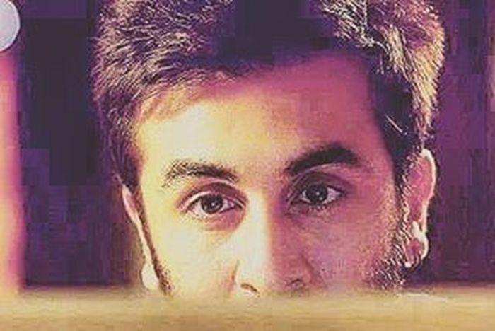 Those killer eyes Ranbir_kapoor 😍😘😘💜