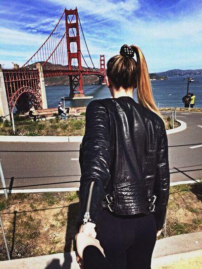 Presso Golden Gate Bridge In San Francisco , California