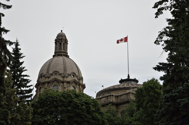 Place of Power Edmonton, AB Government Government Building Architecture Building Exterior Built Structure Canada Canada Flag Clear Sky Day Dome Flag Legislativebuildings Legislature  Low Angle View Nature No People Outdoors Sky Tree Yeg EyeEmNewHere The Week On EyeEm Done That. Been There.