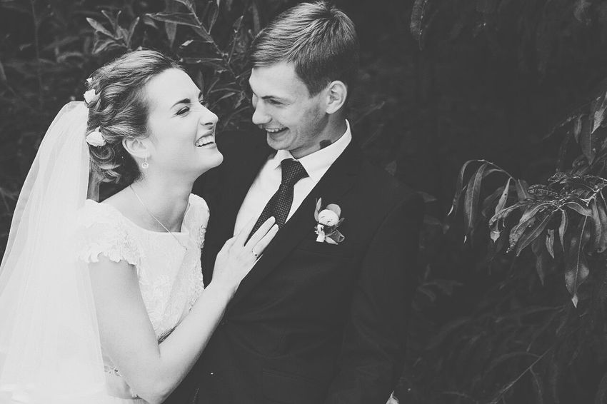 two people, just married,love,laugh,enjoing, flowers