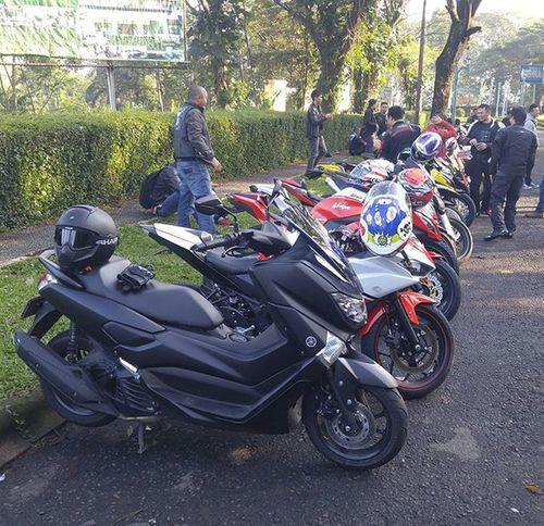 Motorcycle Yamaha Nmax Ocito Moped Scooter MaxiScooter Matic Sportscooter Sportsmatic Nmaxnation Kawasaki Yamaha R25 Ninja250fi Klx150 Z250 SharkHelmet Vancore Val  2016 LG  G4 LGG4 LG G4 🏍