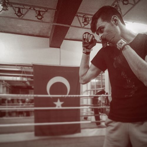 Muay Thai Boks Kickboxing Turk Turkey Thailand MuayThai Muay Thai Indoors  Real People Strength One Person Young Adult Lifestyles Gym Sports Clothing Portrait Day Sportsman People First Eyeem Photo