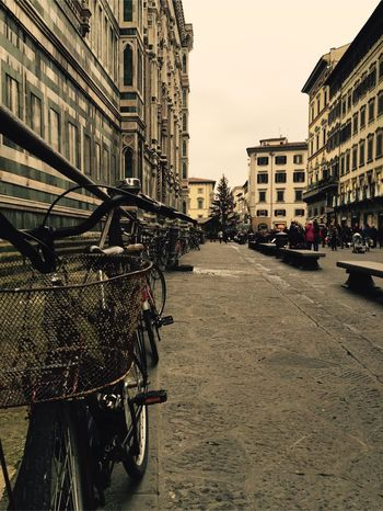 Firenze Basilica Italy Built Structure Architecture Bicycle City Street Travel Destinations Building Exterior
