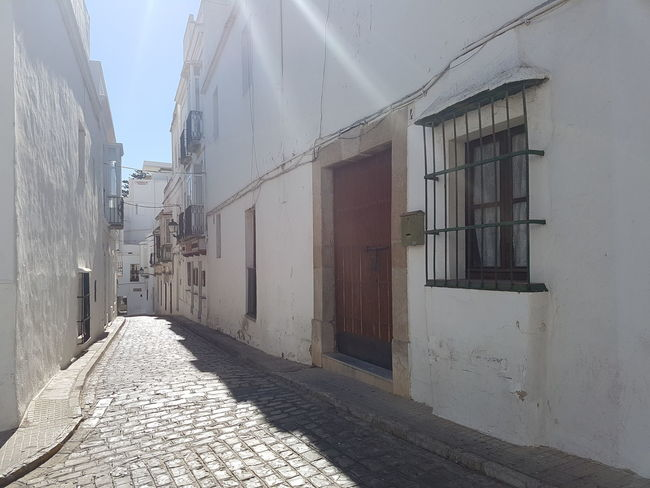 Architecture Building Exterior Shadow The Way Forward Sunlight Sunny Empty Street Narrow Day Sun Andalusia Historic Old Town Tarifa Spain Tarifa Architecture Outdoors Narrowstreet City Life